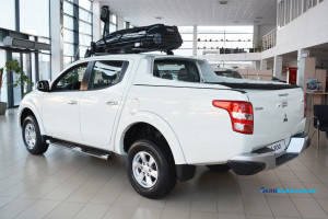L200 16+ Aeroklas Sport Bar & Roll N Lock